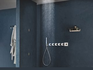 Four Shower Area Design Hacks to Enhance the Experience